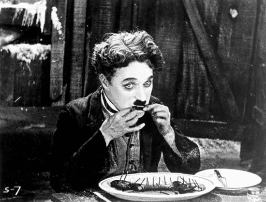 CHARLIE CHAPLIN-THE ESSENTIAL FILM MUSIC COLLECTION. (2/6)