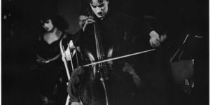 chaplin_playing_cello_wider