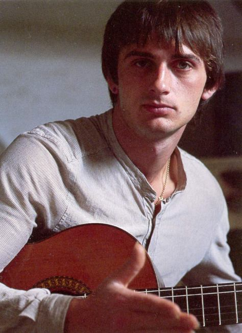 Mike-Oldfield-mike-oldfield-30860061-1097-1510