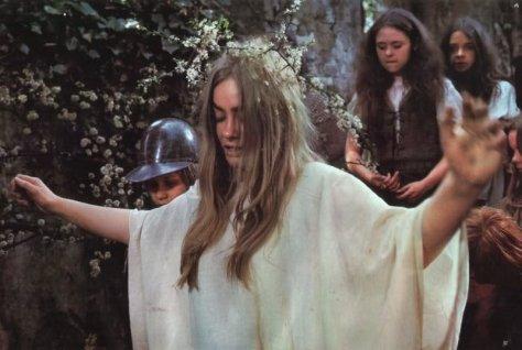 blood-on-satan-s-claw-1970-001-linda-hayden