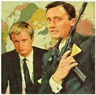 man-from-uncle-stars-with-gun